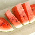 スイカの栄養と効能効果!皮と種の栄養!糖質やカロリー、食べ過ぎによる注意点まで!